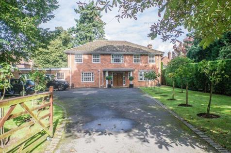 Leigh Hill Road, Cobham, KT11. 5 bedroom detached house