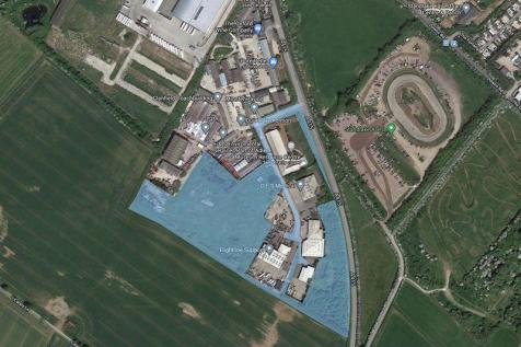 Lakeside Industrial Estate, Witney. Land for sale