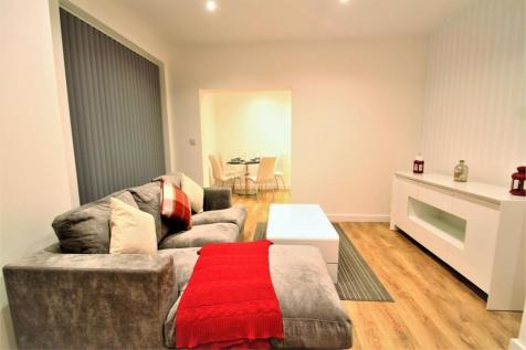 52 Sydney Road, Enfield, Greater London. 2 bedroom apartment