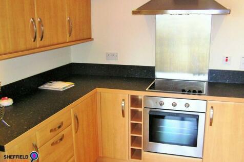 West Point, Trippet Lane, City Centre, Sheffield, S1 4EJ. 2 bedroom apartment