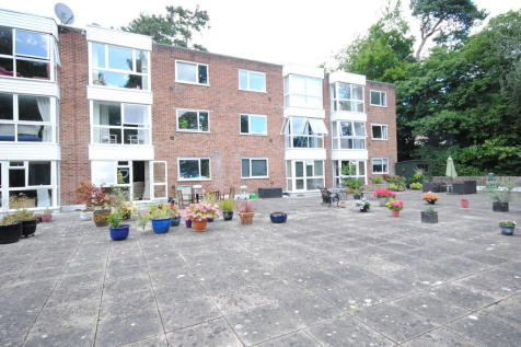 St Andrews Court, Sunninghill. 2 bedroom apartment