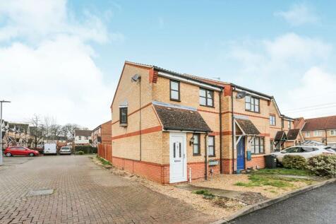 Wansbeck Close, Stevenage, SG1. 3 bedroom terraced house
