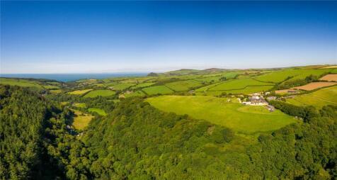 Sterridge Valley, Berrynarbor, Devon, EX34. Detached house for sale