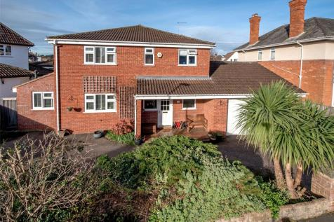 Manor Road, Taunton, TA1. 4 bedroom detached house for sale