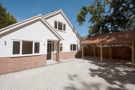 Queens Road, Hersham. 3 bedroom detached bungalow for sale