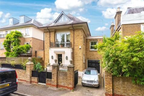 Ravenscourt Square, London, W6. 5 bedroom detached house