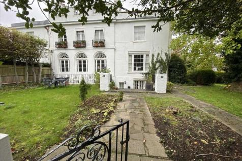 Stanmore Hill, Stanmore, STANMORE. 2 bedroom apartment