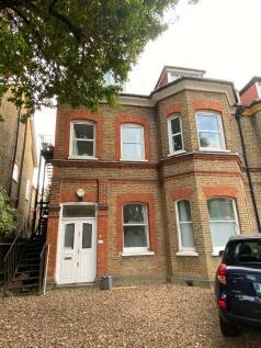 Newlands Park, London, SE26. 3 bedroom maisonette for sale