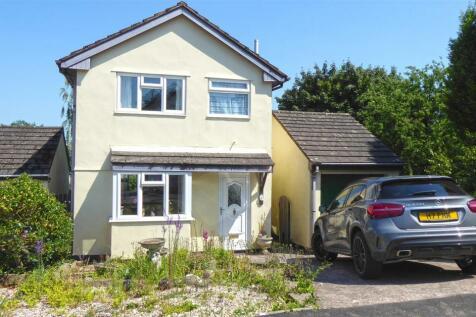 Hemyock, Cullompton. 3 bedroom detached house