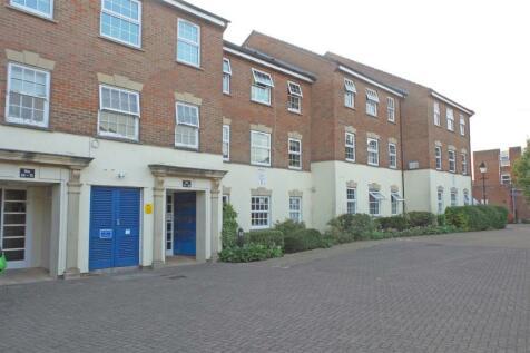 Eastgate Gardens, Taunton. 1 bedroom flat