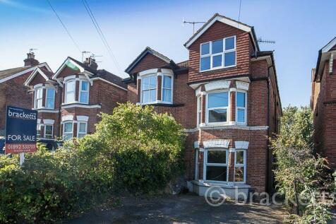 Upper Grosvenor Road, Tunbridge Wells. 4 bedroom semi-detached house