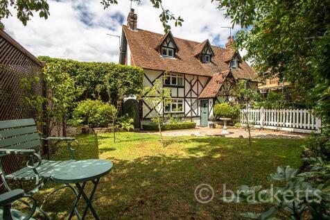 Langton Road, Tunbridge Wells. 2 bedroom semi-detached house