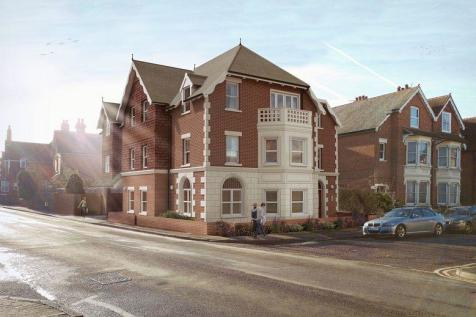 ** INVESTMENT OPPORTUNITY ** Manor Grove, TN10 3DT. 2 bedroom apartment for sale