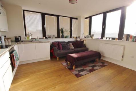 Riverbank House, Angel Lane, Tonbridge. 1 bedroom flat