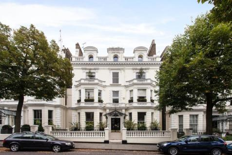 Holland Park, London. 5 bedroom apartment