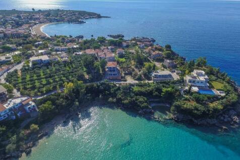 Stoupa, Peloponnese. Plot for sale