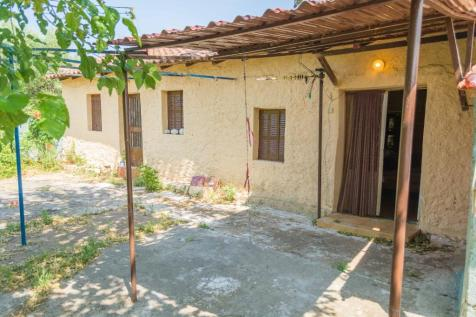 Androusa, Messinia, Peloponnese. 1 bedroom bungalow for sale