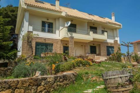 Athens, Attica. 5 bedroom villa for sale