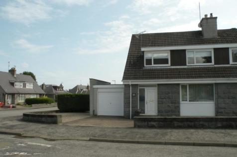 Woodend Crescent, Aberdeen, AB15. 3 bedroom semi-detached house