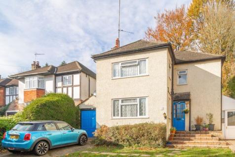 Whyteleafe Hill, Whyteleafe. 3 bedroom detached house for sale
