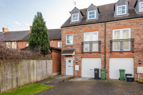 Hornby Court, York, YO31. 4 bedroom town house