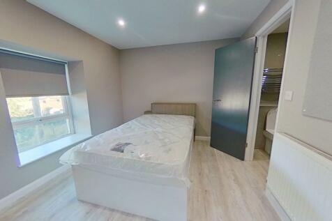 Kingsland Terrace, Treforest. 4 bedroom house share