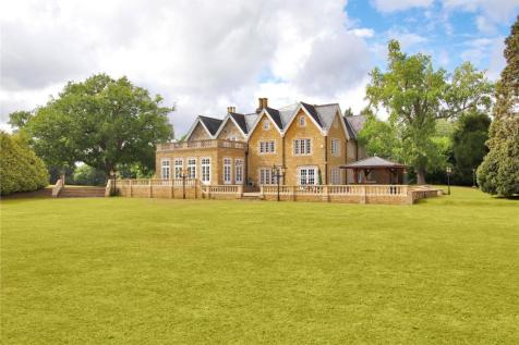 Mannings Heath, Horsham, West Sussex, RH13. 9 bedroom detached house