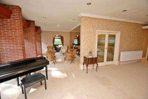 South Drive, Woolsington. 3 bedroom bungalow for sale