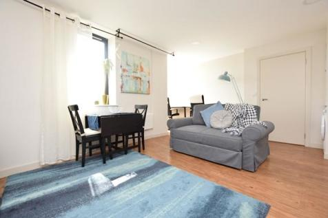 Holman House, 125a Queen Street, S1. 1 bedroom apartment