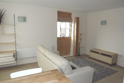 PENTHOUSE in Smithfields, 131 Rockingham Street, S1 4EY. 1 bedroom penthouse