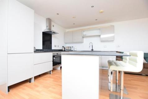 West One Panorama, Fitzwilliam Street, S1 4JQ. 2 bedroom apartment
