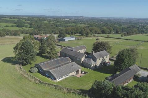 Springwell Farm, Loads Road, Holymoorside, Chesterfield, S42 7HW. 6 bedroom detached house for sale