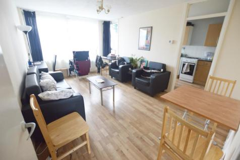 De Beauvoir Road. 3 bedroom flat