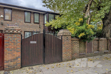Fairhazel Gardens, South Hampstead, NW6. 3 bedroom house for sale