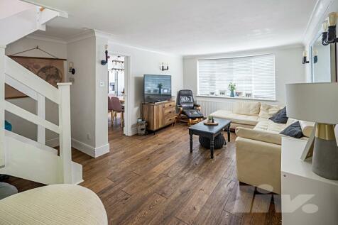 North Road, Stevenage, SG1. 3 bedroom house