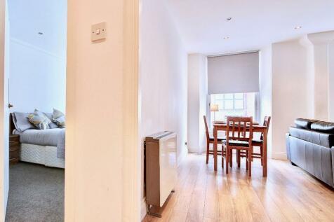 Wilson Street, Glasgow, G1. 1 bedroom apartment