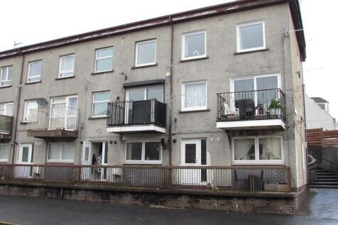 Grange Court, Stevenston, Ayrshire, KA20. 3 bedroom maisonette