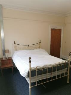 Hanover Street, Warrington, WA1. 1 bedroom semi-detached house