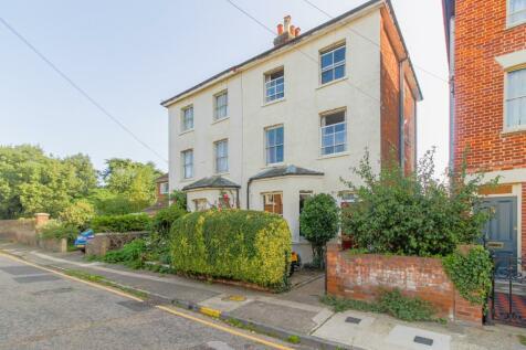 Roman Road, Colchester, Essex, CO1. 4 bedroom semi-detached house