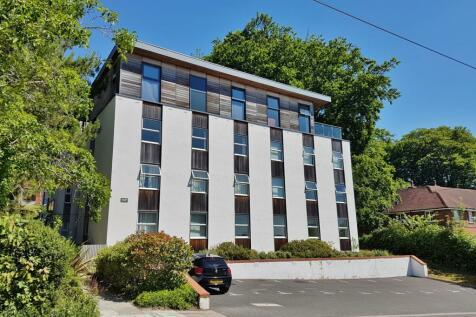 Winchester. 2 bedroom flat