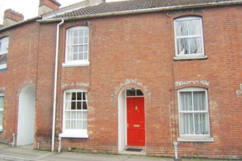 Salisbury. 3 bedroom terraced house