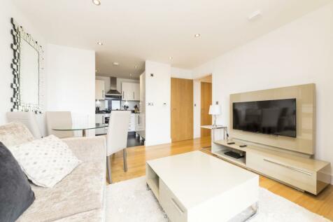 84 Fairthorn Road, Charlton, London, SE7. 2 bedroom apartment