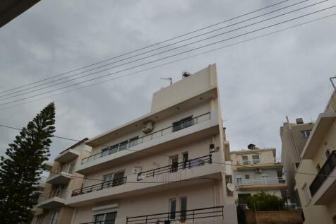 Crete, Lasithi, Áyios Nikólaos. 4 bedroom maisonette for sale