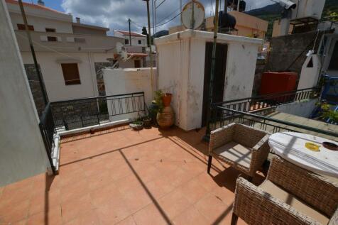 Crete, Lasithi, Áyios Nikólaos. 2 bedroom village house for sale
