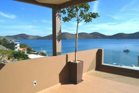 Crete, Lasithi, Elounda. 5 bedroom villa for sale