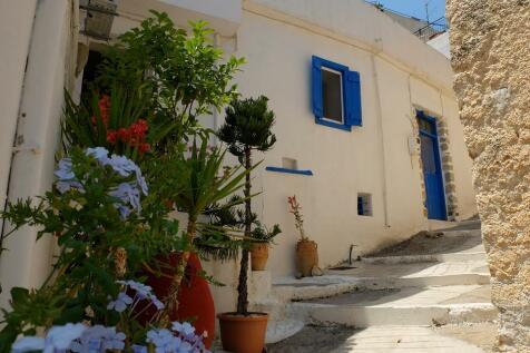 Crete, Lasithi, Áyios Nikólaos. 1 bedroom house for sale
