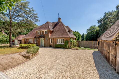 West End Lane, Frensham, Farnham, Surrey. 6 bedroom detached house for sale