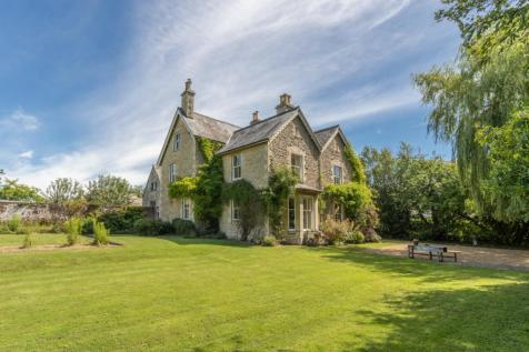 Oaksey, Malmesbury, Wiltshire. 7 bedroom detached house for sale