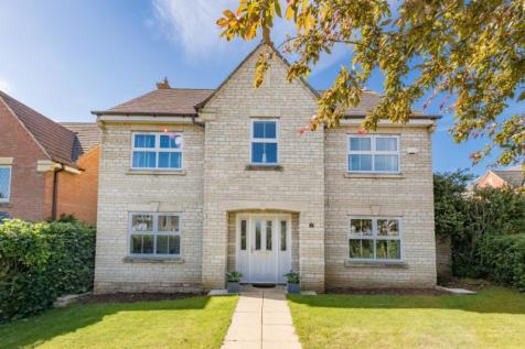 Bugloss Walk, Bicester, Oxfordshire. 4 bedroom detached house