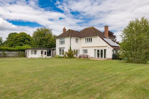 Silver Birches, Preston Crowmarsh, Wallingford. 3 bedroom detached house